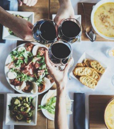 30 Locais Para Beber Vinho a Copo em Lisboa!