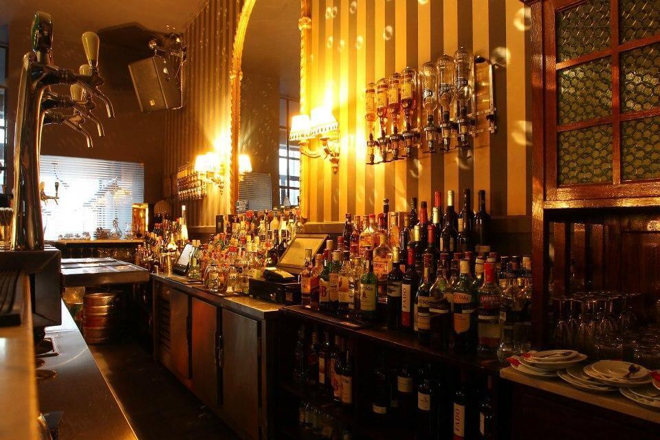 bares no porto